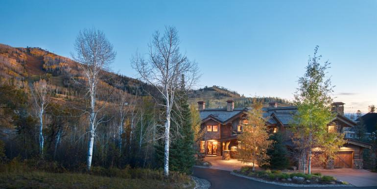 Temple-Knoll-Residence-10-08-15-Wide-Ski-Area-Dusk-Web