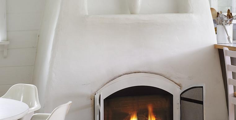 SVB-Bennet-6-11-15-Kitchen-Fireplace-Web