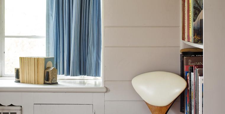 SVB-Bennet-6-11-15-Living-room-Chair-Detail-Web