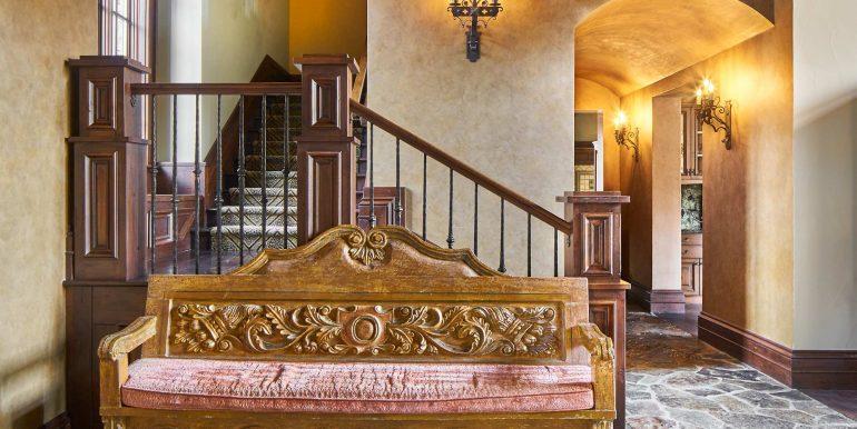 Stonebridge-12-19-17-Interiors-Entry-Detail-Web