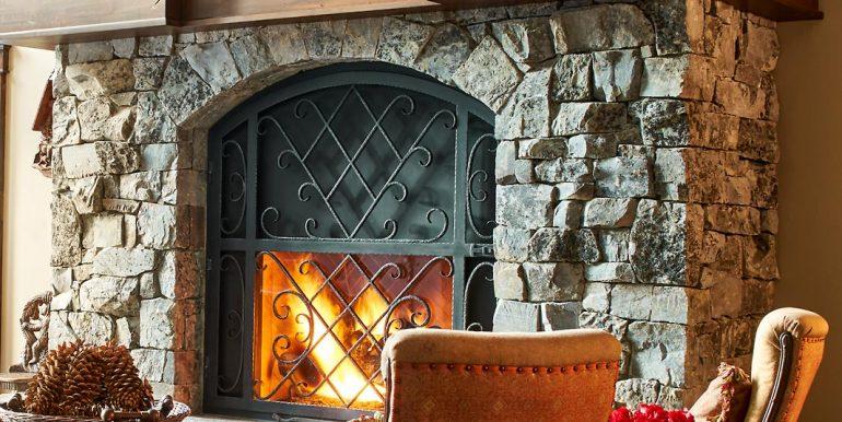 Stonebridge-12-19-17-Interiors-Fire-Place-Detail-Web