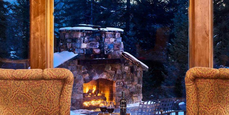 Stonebridge-Interiors-12-18-17-Chairs-Outdoor-Fire-Web