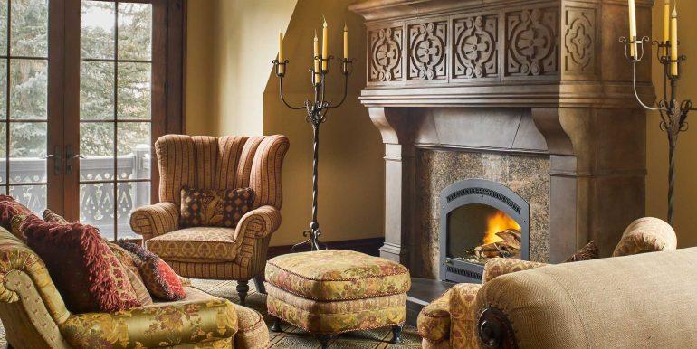 Stonebridge-Interiors-12-18-17-Master-Fireplace-Web