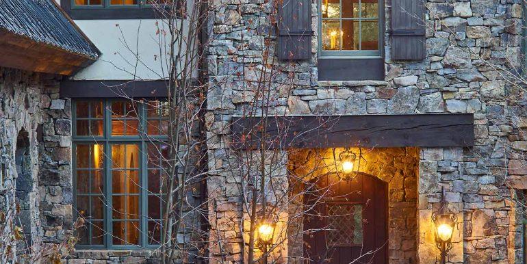 Stonebridge-Residence-Dusk-12-02-17-Entry-Web